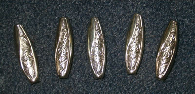 Perles navettes en métal