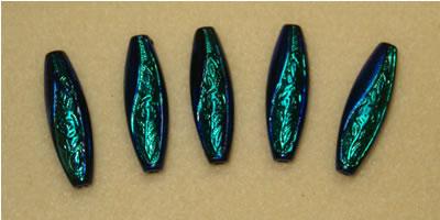 Perles peintes à l'encre