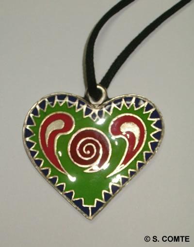 Pendentif coeur métal peint